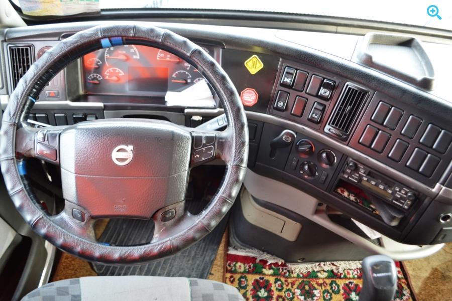 Volvo VNL64T670