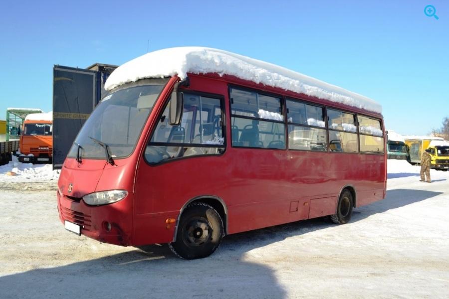 Автобус пригородный Hyundai Real. Год выпуска - 2008.
