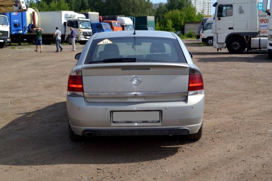 Легковой автомобиль OPEL VECTRA
