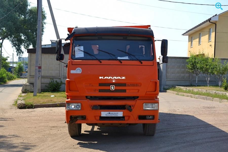 Самосвал КАМАЗ 6520-43
