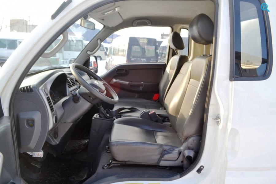 Грузовик изотермический Kia Bongo 3. Год выпуска 2012.