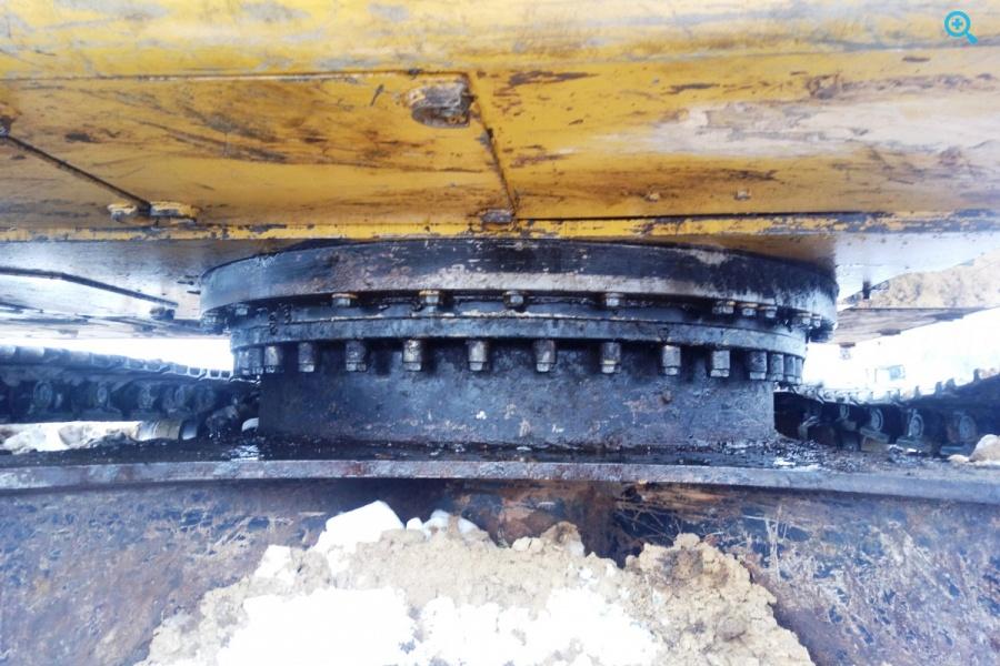 Гусеничный экскаватор Сaterpillar 323DLNVA