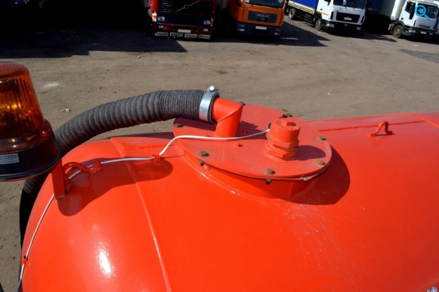 Ассенизатор КО-522Б на базе ГАЗ. Год выпуска 2011