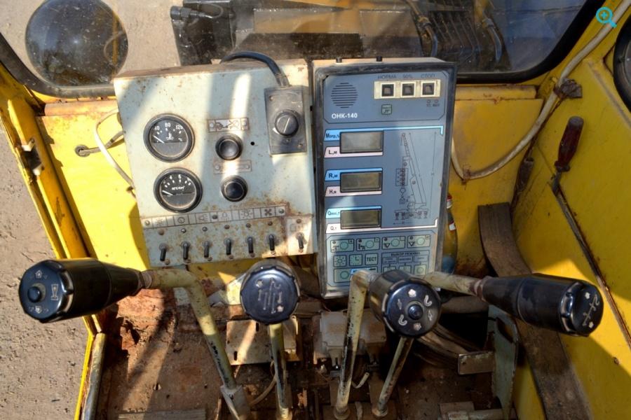 Автомобильный кран КС 35714 на шасси УРАЛ 5557