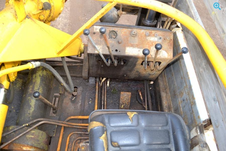 Бурильно-крановая машина БКМ 317-01 на шасси Газ 3308