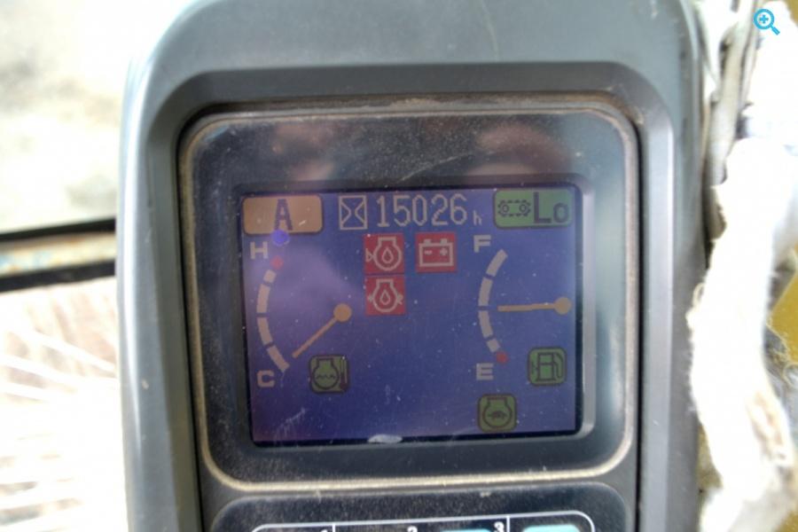 Экскаватор KOMATSU PC220-7, год выпуска 2010.