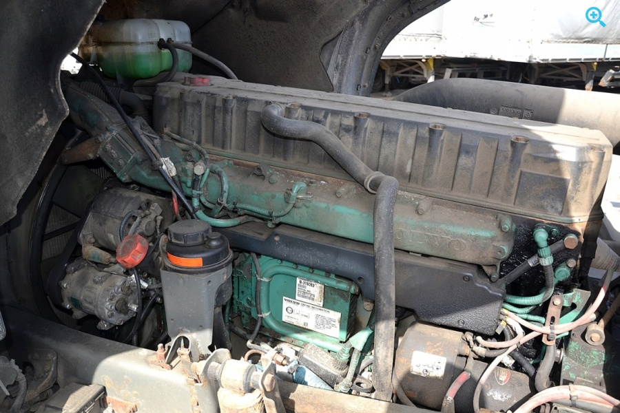 Эвакуатор Volvo FH12 6X2