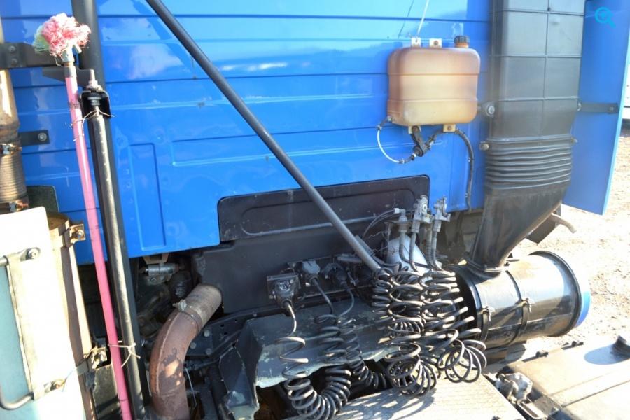 Седельный тягач МАЗ 5440А9-1320-031