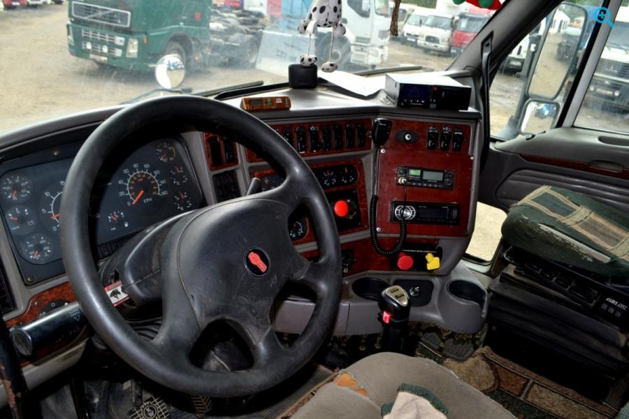 Седельный тягач KENWORTH T2000 год выпуска 2003.