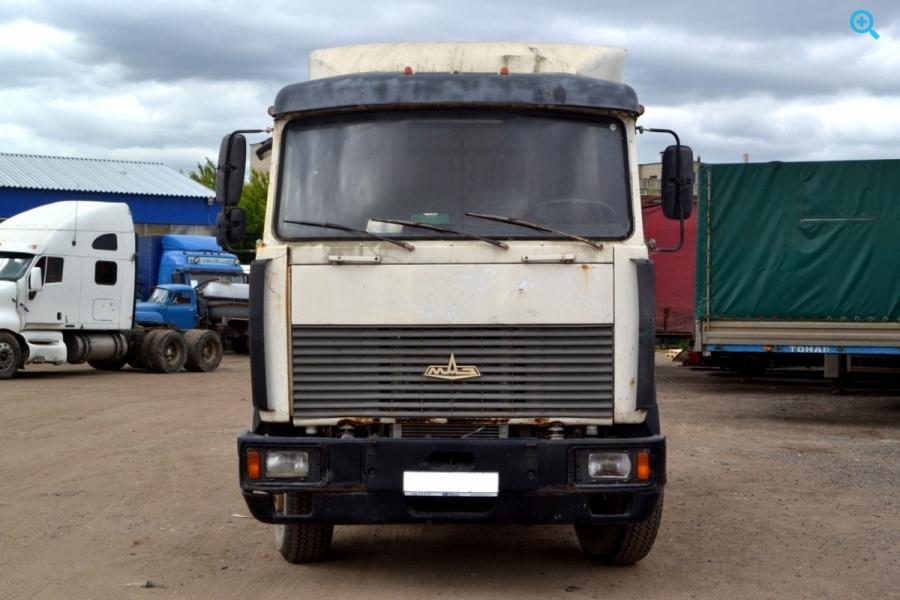 Седельный тягач МАЗ 642290 2120. Год выпуска 2004.