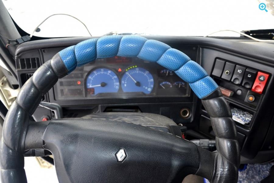 Renault Premium 420DCI