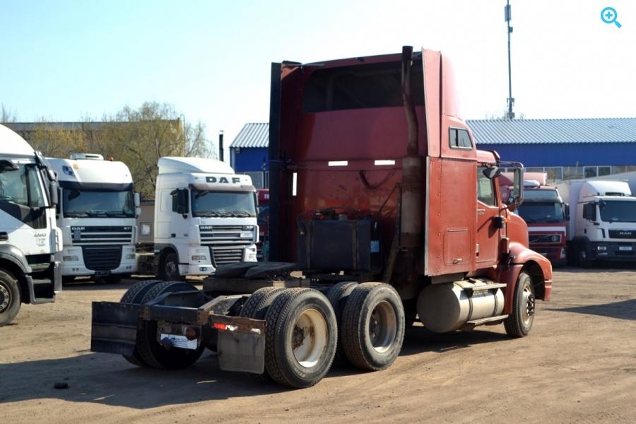 Седельный тягач International 9200i