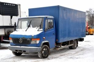Промтоварный фургон Mercedes-Benz 814D Vario