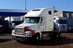 Седельный тягач Freightliner FLC