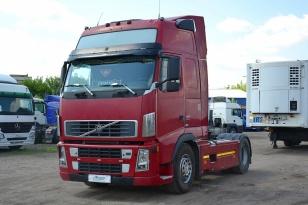 Седельный тягач Volvo FH 12.440 2013 года выпуска по ПТС