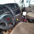 Седельный тягач Peterbilt 387. Год выпуска 2003