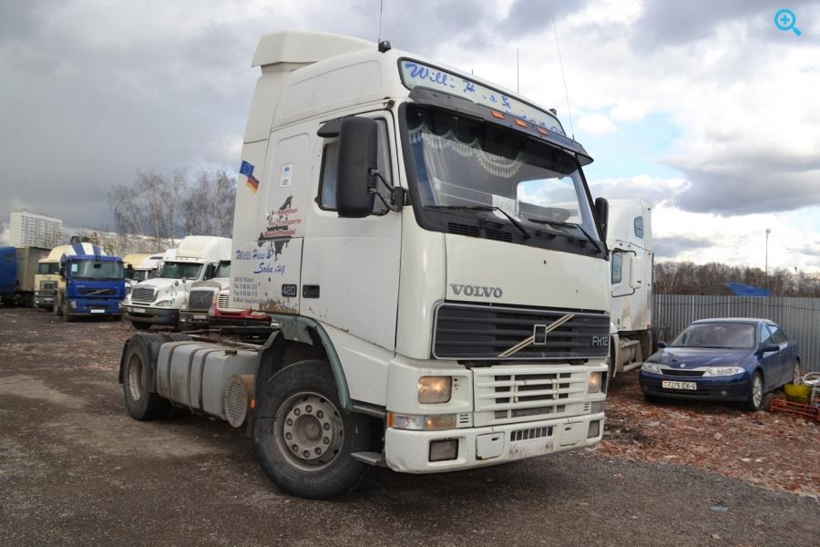 Купить седельный тягач Вольво FH 12. 2000 года выпуска.420 л.с.МКПП.