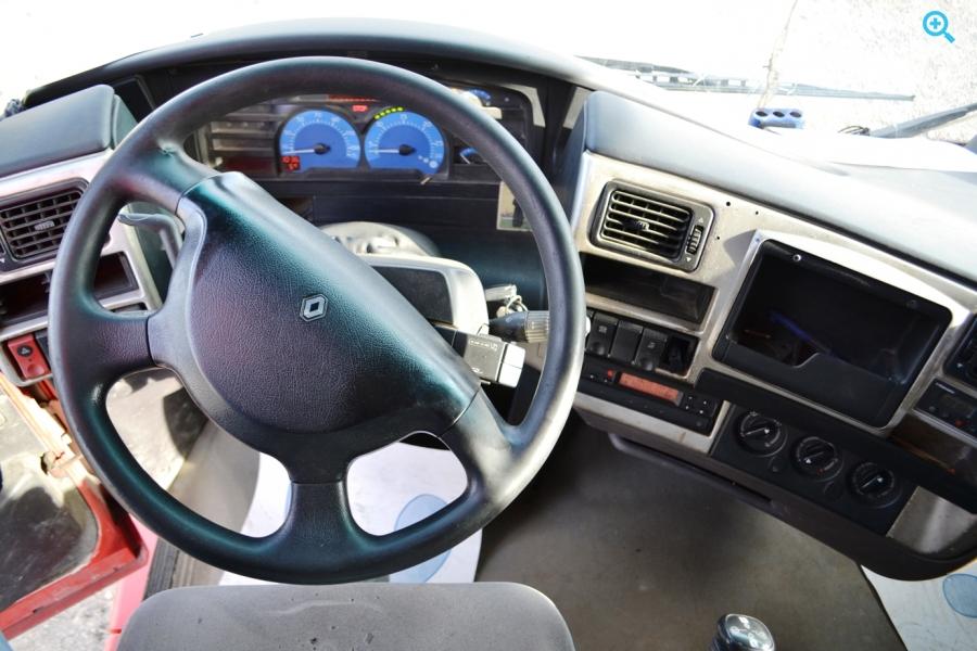 Купить седельный тягач Renault Magnum 480. Год выпуска : 2004