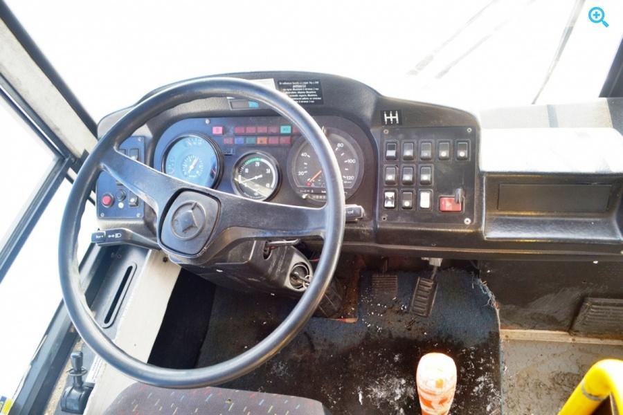 Автобус городской среднего класса КАвЗ 4235-32 Аврора. Год выпуска - 2009.