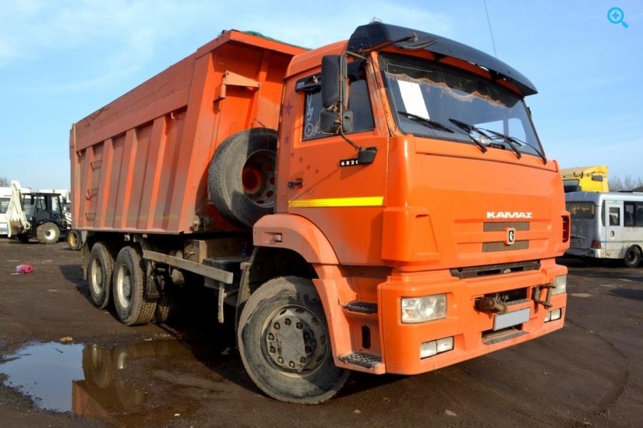 Самосвал Камаз 6520-63.
