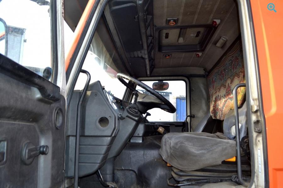 Грузовик фургон SCANIA P93M. Год выпуска 1993.