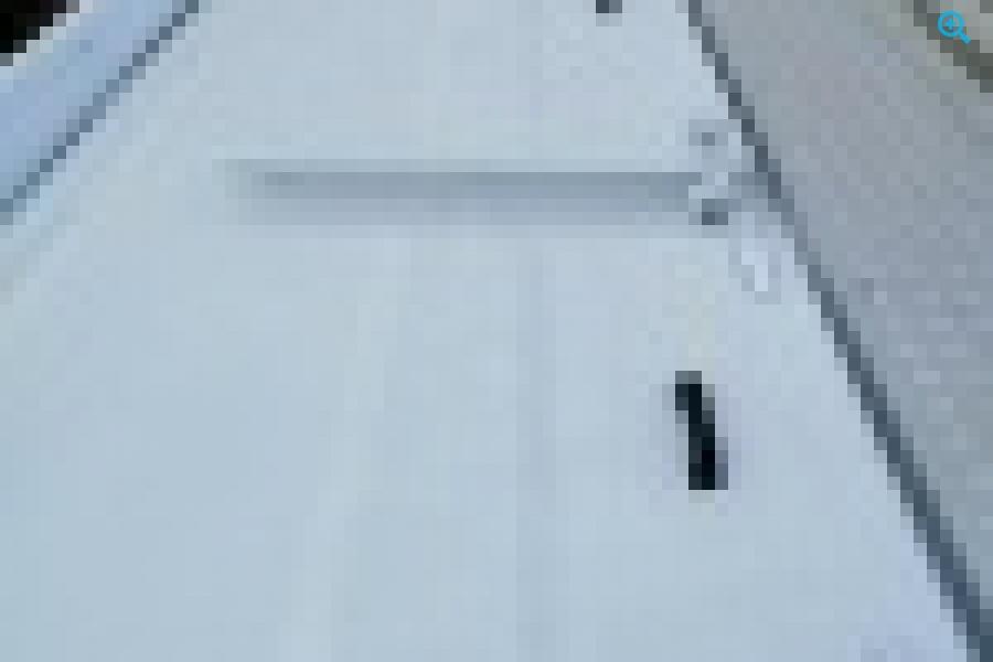 Полуприцеп кормовоз (комбикормовоз) со шнековой выгрузкой GuteWolf. Год выпуска 2018.