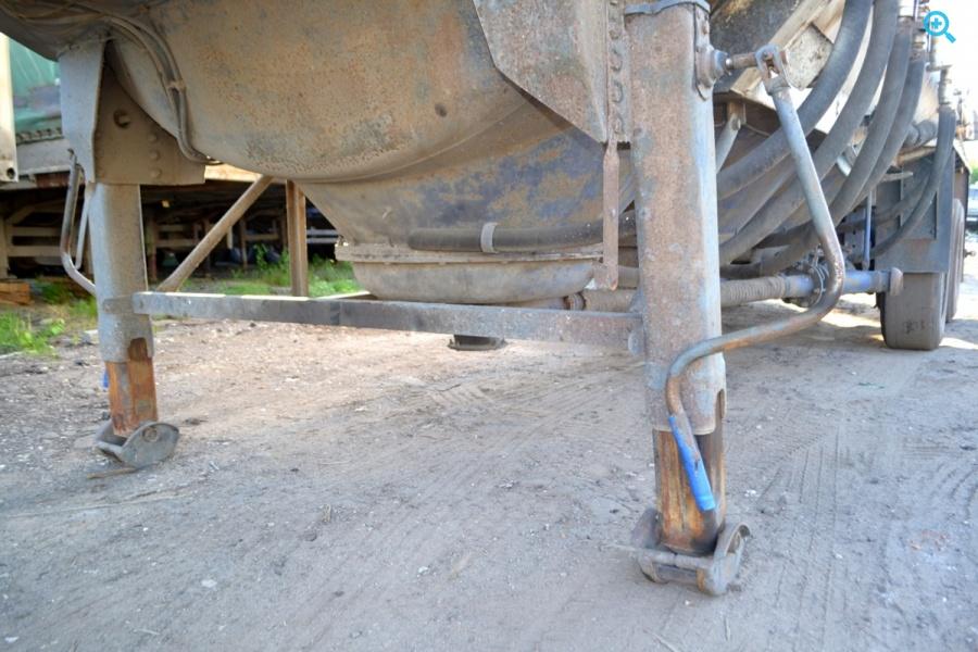 Цистерна Сеспель 964810 :  2005г.