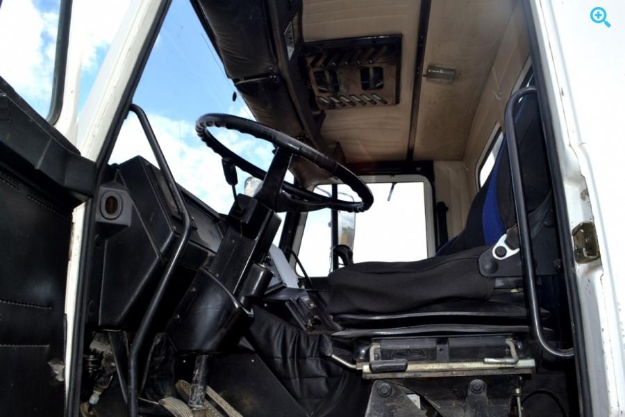 Автобетоносмеситель 58147с на шасси КАМАЗ-53229R. Год выпуска 2007.