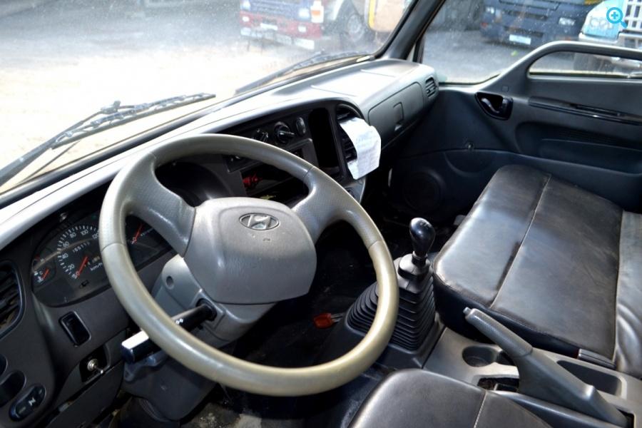 Грузовик Hyundai HD с Краном Манипулятором. Год выпуска 2011.