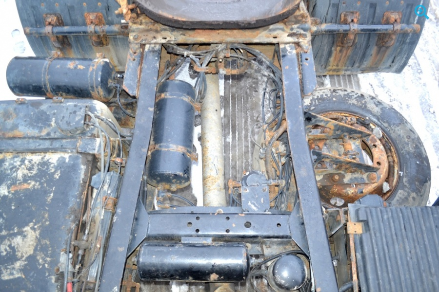 Седельный тягач МАЗ 54329.