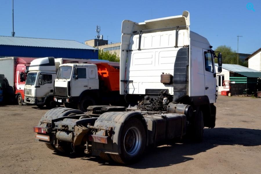 Седельный тягач Маз 5440. Год выпуска - 2013.
