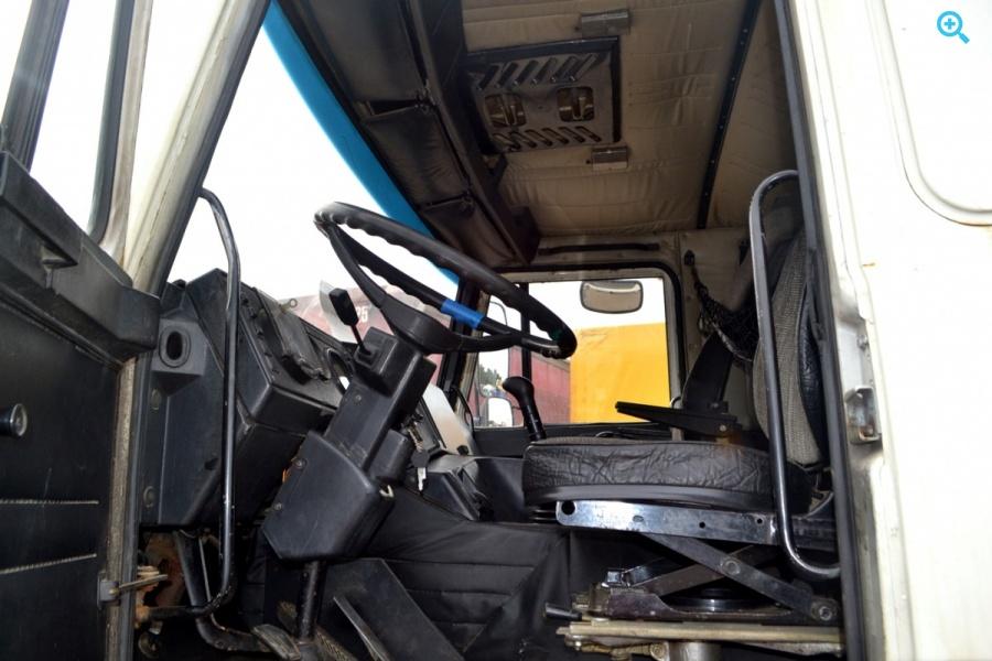 Седельный тягач МАЗ 543203-2122