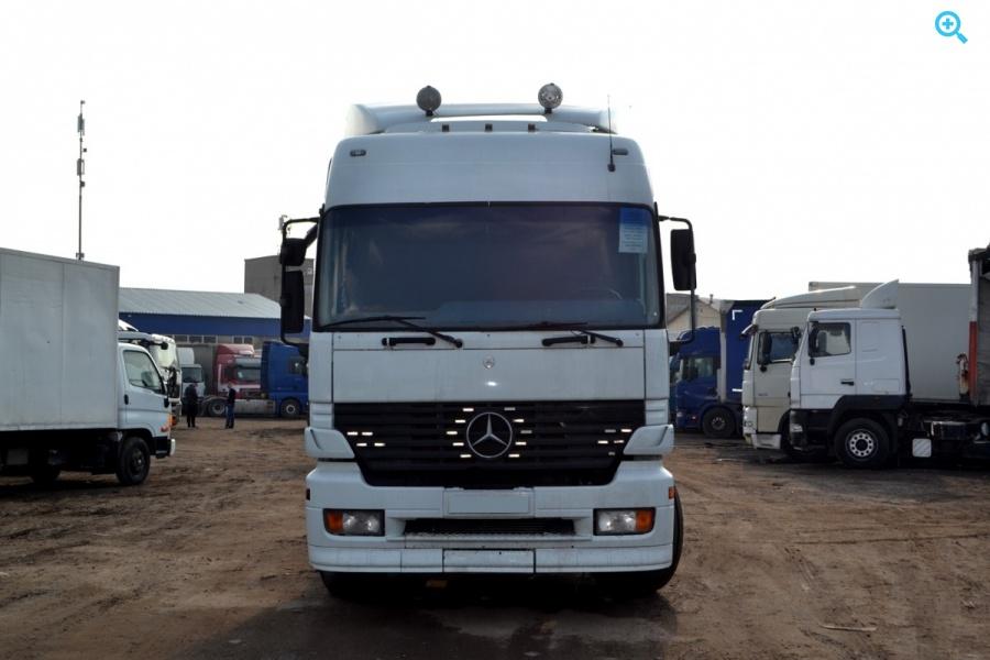 Седельный тягач МАЗ 543293-020. Год выпуска 2001