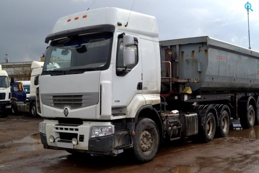 Седельный тягач Renault Premium 440.26T.