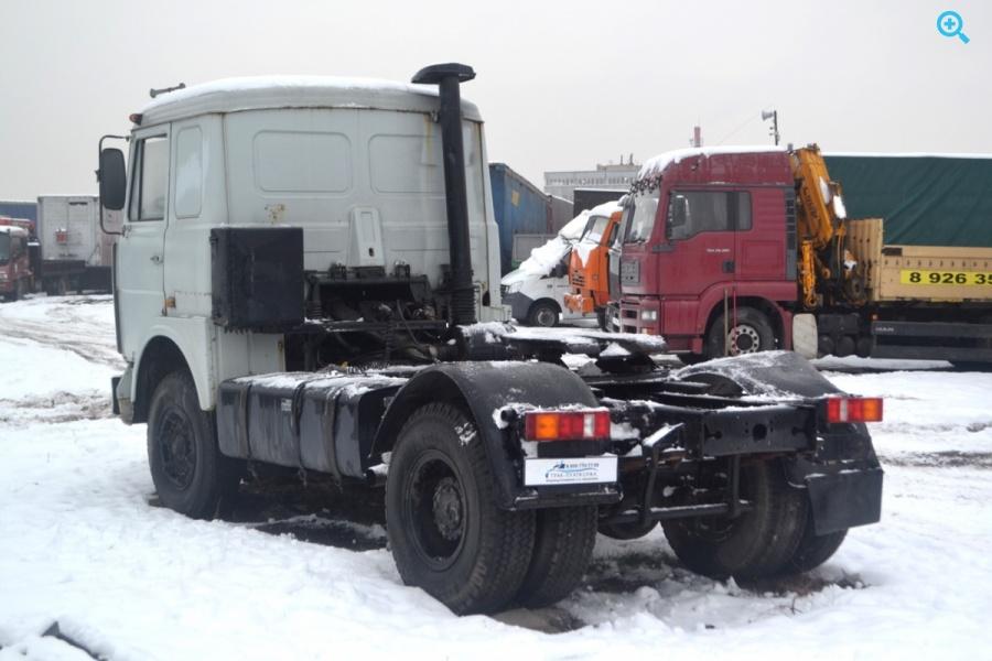 Седельный тягач МАЗ 54329