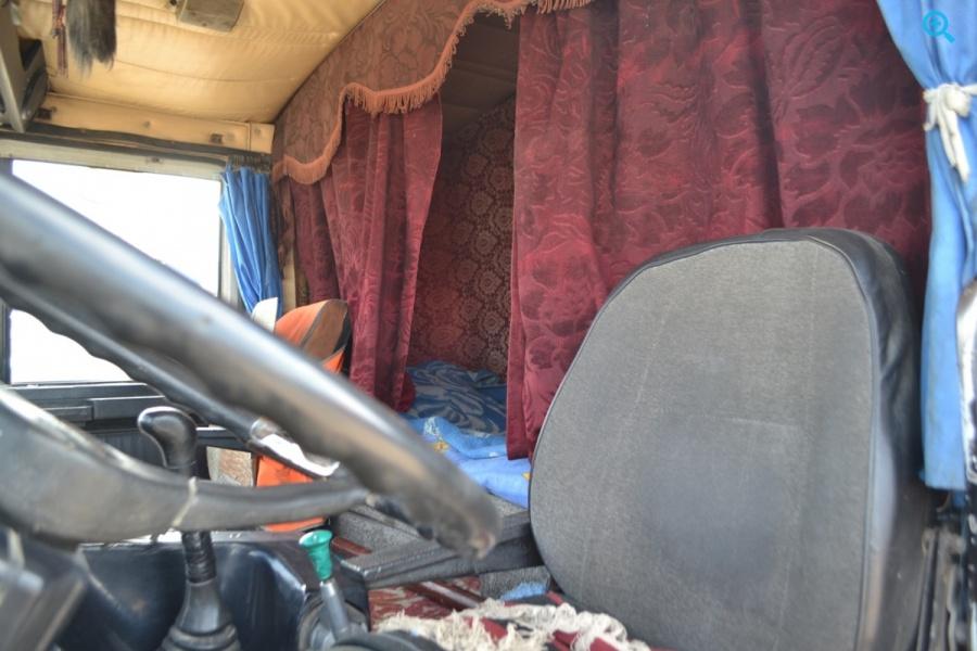 Седельный тягач МАЗ 54323. Год выпуска 1999
