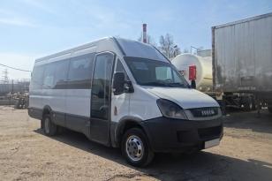 Микроавтобус Iveco 227UU 2011 года выпуска.