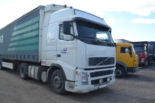 Купить седельный тягач Volvo FH 12.460 тягач седельный. Год выпуска : 2006