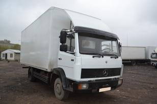 Промтоварный фургон Mercedes-817
