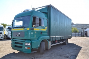 Шторный грузовик МAN TGA 18.390