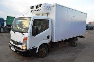 Грузовой фургон рефрижератор Nissan Cabstar. Год выпуска 2010.