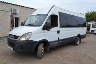 Микроавтобус Iveco 227UU. Год выпуска 2011.
