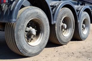 Полуприцеп цистерна для сыпучих грузов LAG
