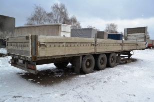 Полуприцеп бортовой Schmitz-Cargobull SPR 24/L. Год выпуска 1998.