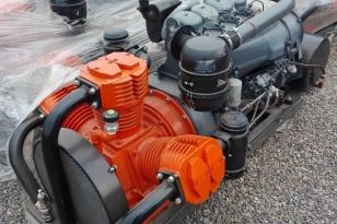 Компрессор трех поршневой Bekomsan Esinti 72 с дизельным двигателем