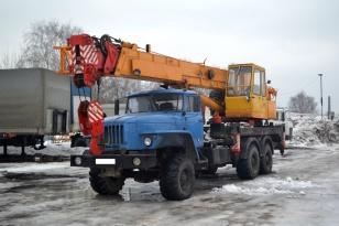 Кран автомобильный КС-55743Б на шасси УРАЛ 43200