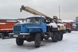 Буровая установка УРБ 2А2 на шасси УРАЛ 4320