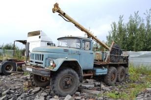 Машина бурильно-крановая ЗИЛ-131НА-БКМ-313. Год выпуска 2001.