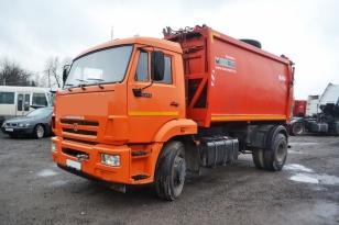 Грузовик мусоровоз КО-440-7. Камаз 6520. Год выпуска 2013.