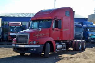 Тягач седельный Freightliner CST 120
